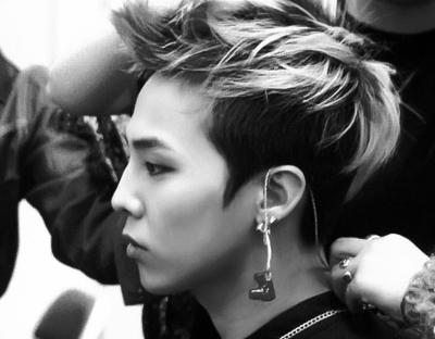 G Dragon Jiyong Bigbang Bigbang 髪型 ポンパドール メンズ 髪型