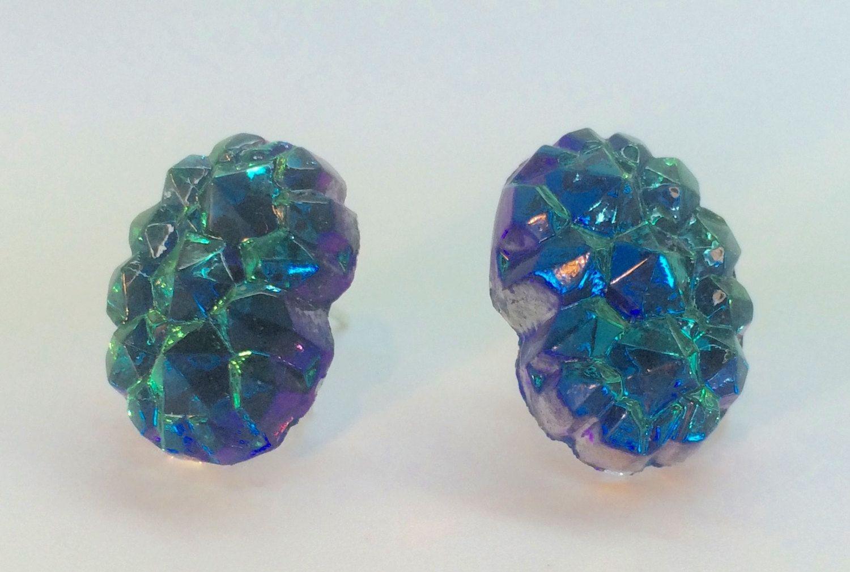 Vintage 1950s 'rocky Mountain' Rainbow Crystal Glass Stud Earrings Emerald  Green Indigo Blue Studs