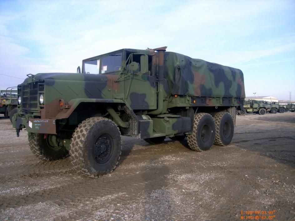 Bmy Division Of Harsco M923a2 5 Ton Cargo Truck W A 14 Foot Dropside Cargo Body Military Vehicles Army Vehicles Army Truck