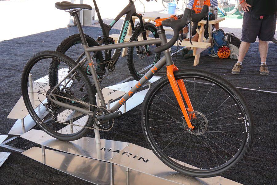 Ib15 Marin Mountain Bikes Go Full Xtr W Bos Suspension Plus