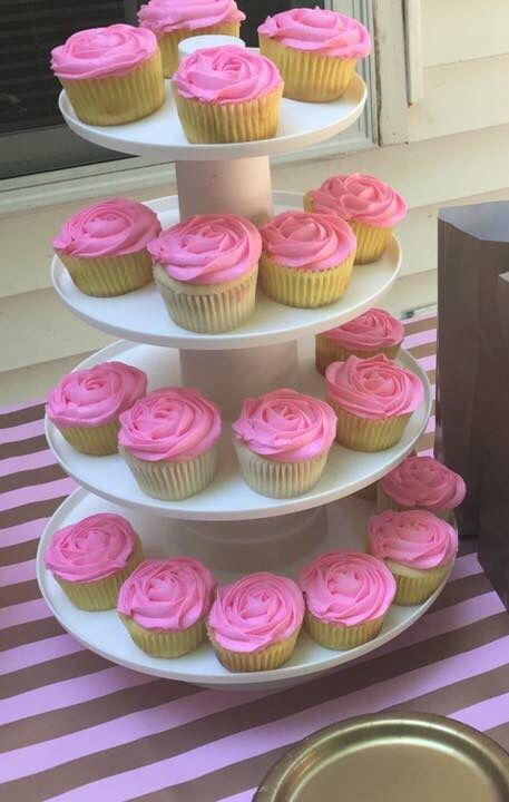 Vanilla cupcakes with american buttercream. Pink and hot pink food ...