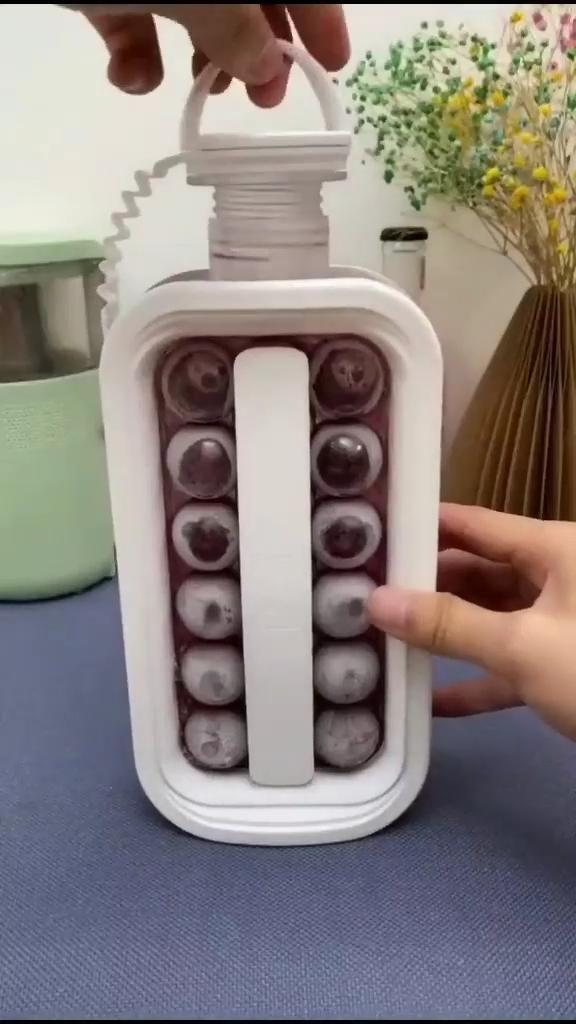 ice bottle maker