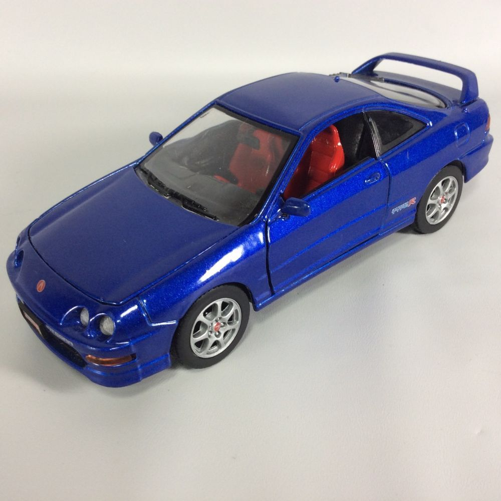 ACURA Integra Type R 2000 Diecast Car 1:24 Scale #73271