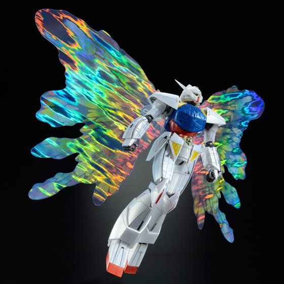 1/100 Turn A Gundam model kit with nanomachine Moonlight Butterfly wings. Comes out July 2015.