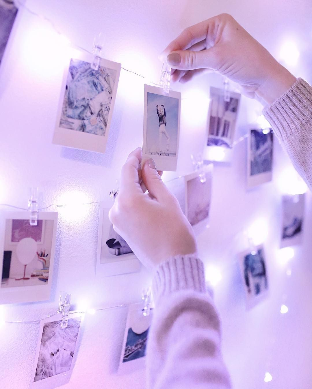 Display Board For Polaroid Pictures Purple Bedrooms Purple Rooms Aesthetic Bedroom