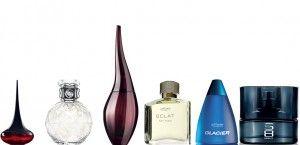 - Dica para fragrâncias      A fragrância deve ser aplicada na pele e não nas roupas.   Aplique a sua fragância em pontos quentes, começando na parte inferior do corpo trabalhando até ao topo, ou seja:    por trás dos tornozelos e joelh