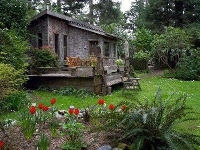 Beach Cottage In Tofino Bc Map Me Pinterest Beach Cottages