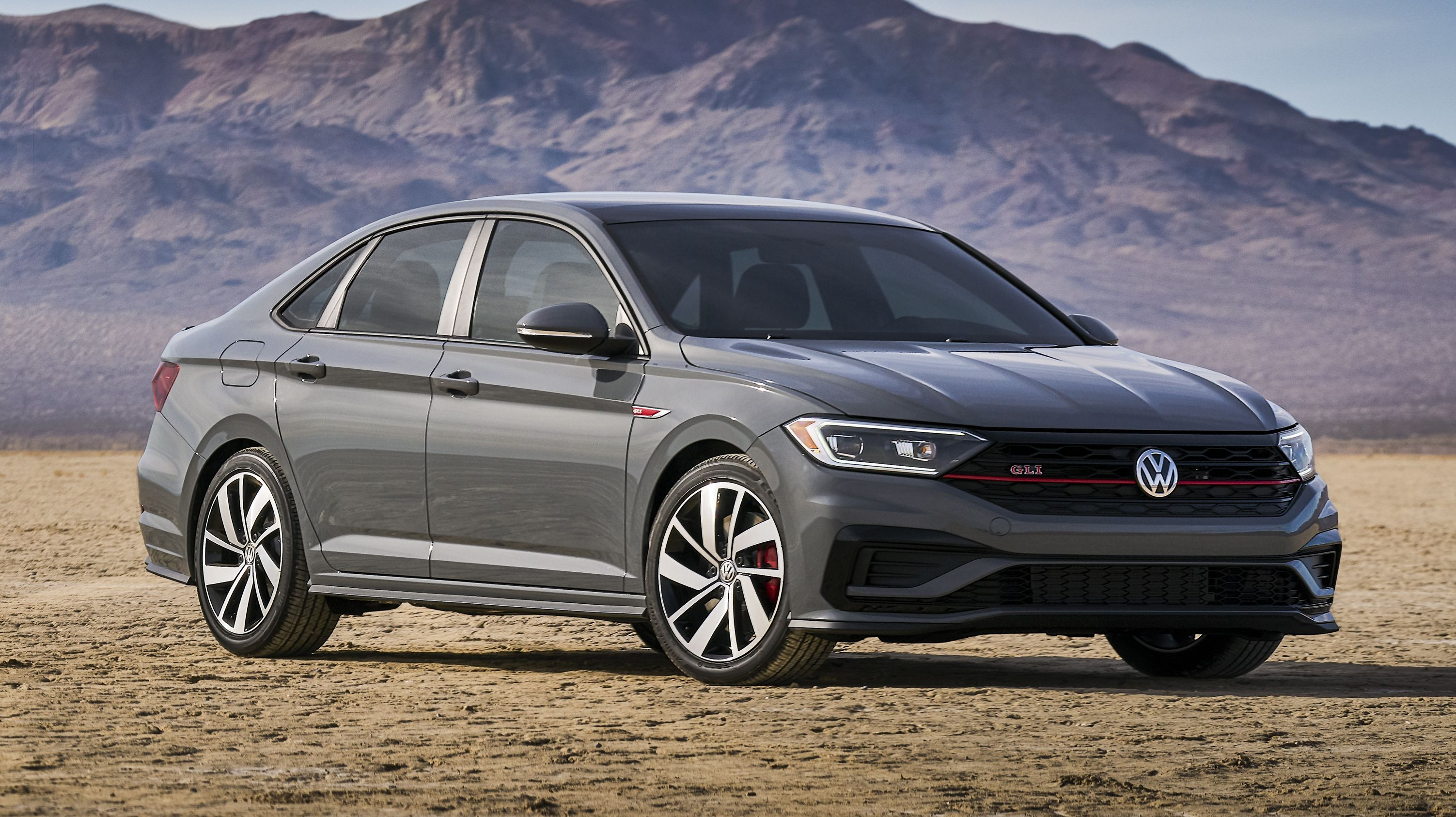 5 Reasons The 2020 Volkswagen Jetta Gli Needs A Gti Badge Asap Top Speed Volkswagen Jetta Jetta Gli Volkswagen