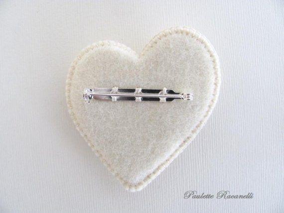 Felt Button Heart Pin by Beedeebabee on Etsy