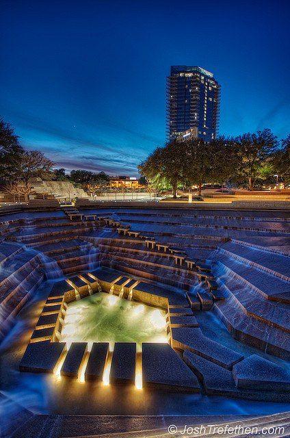Fort Worth Water Gardens Downtown Fort Worth Texas Designed By Architect Phillip Johnson Www Fountain Fort Worth Water Gardens Fort Worth Texas Water Garden