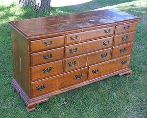 Great Detailed Tutorial On How To Refinish An Old Dresser Amazing Outcome Decoration Ideas