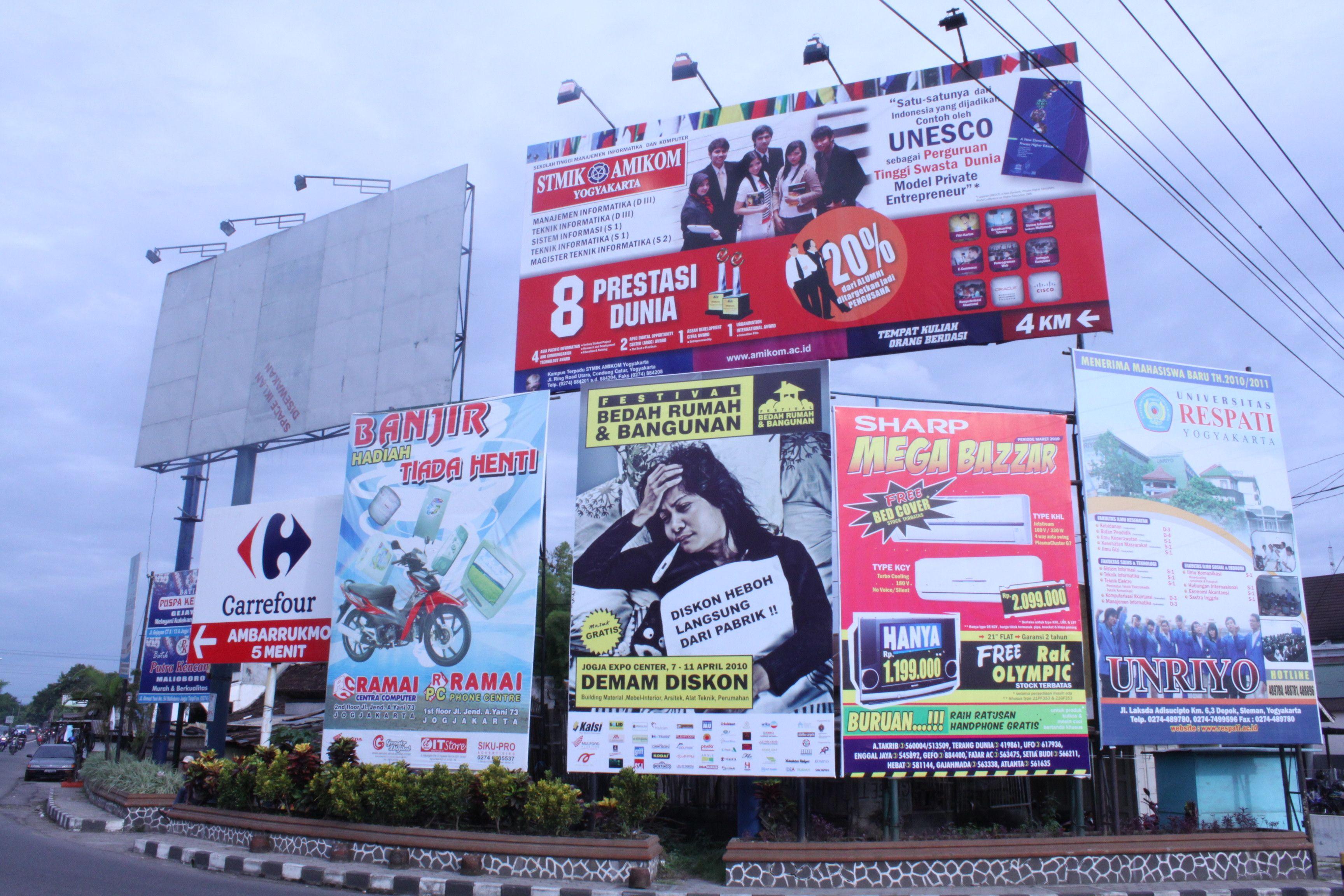 CALL / WA : 0818-0302-0853 Billboard Iklan, Unggul Contoh