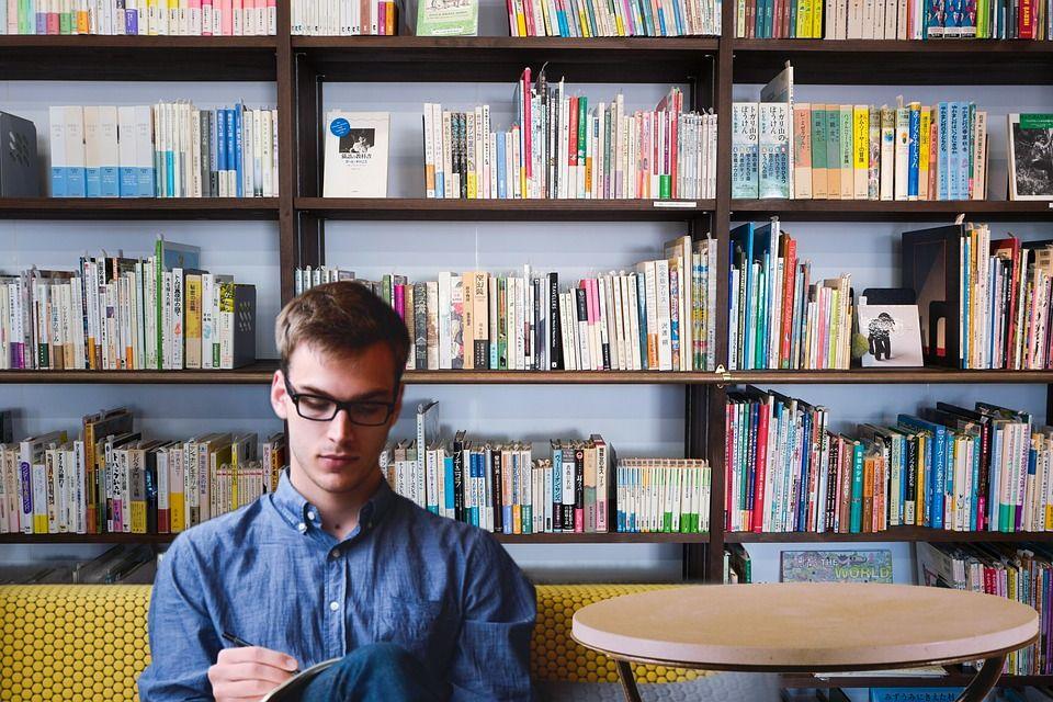 Os 10 melhores livros que todo empreendedor de suc...