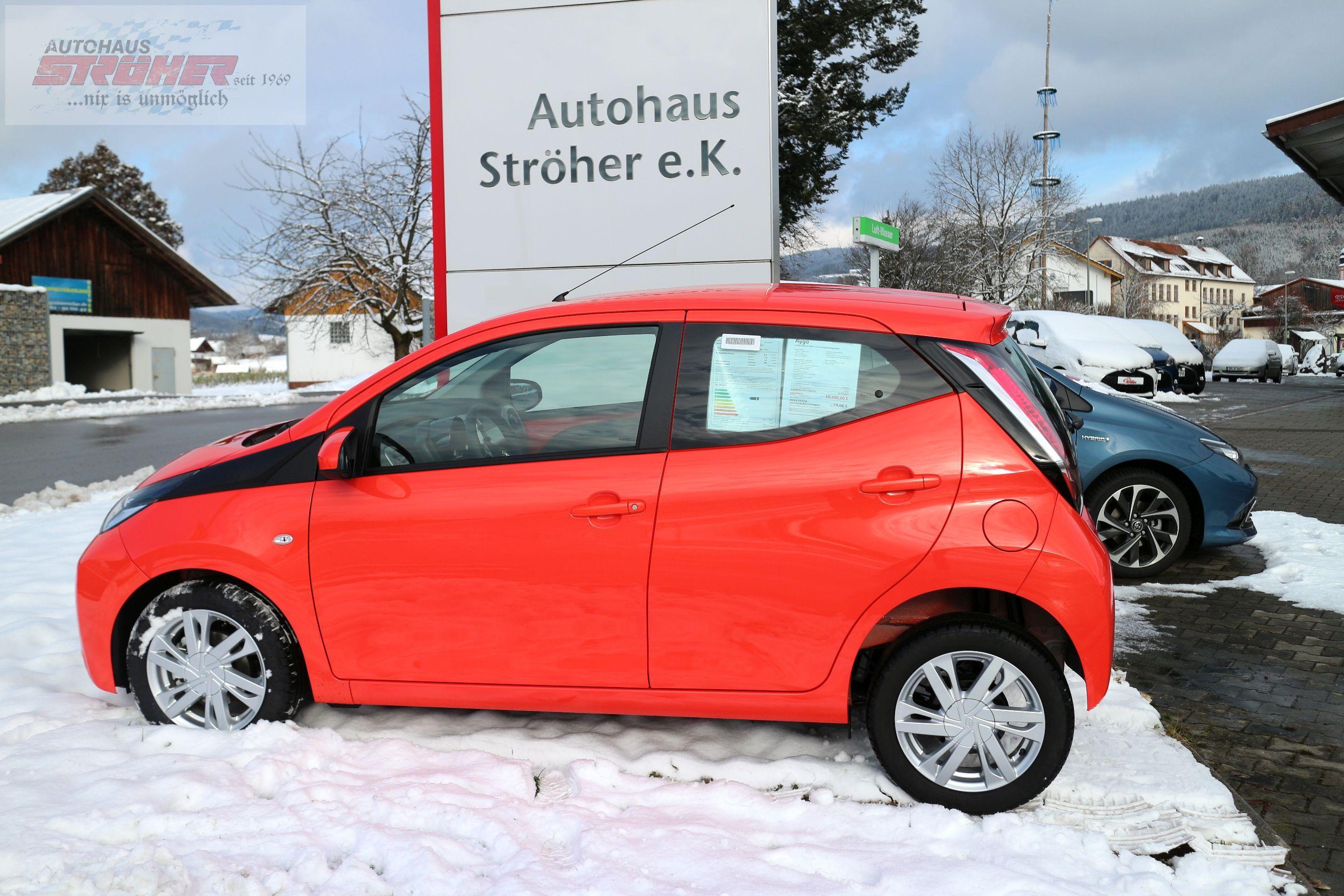 Toyota Aygo In Krasser Farbe Pop Orange Nennt Sich Das Toyota