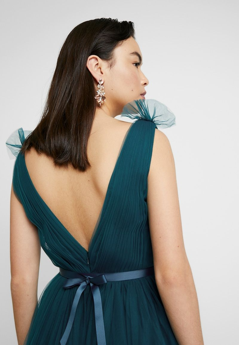 Th Th Grace Occasion Wear Emerald Zalando Co Uk Backless Dress Formal Wedding Dress Suit Occasion Wear [ jpg ]