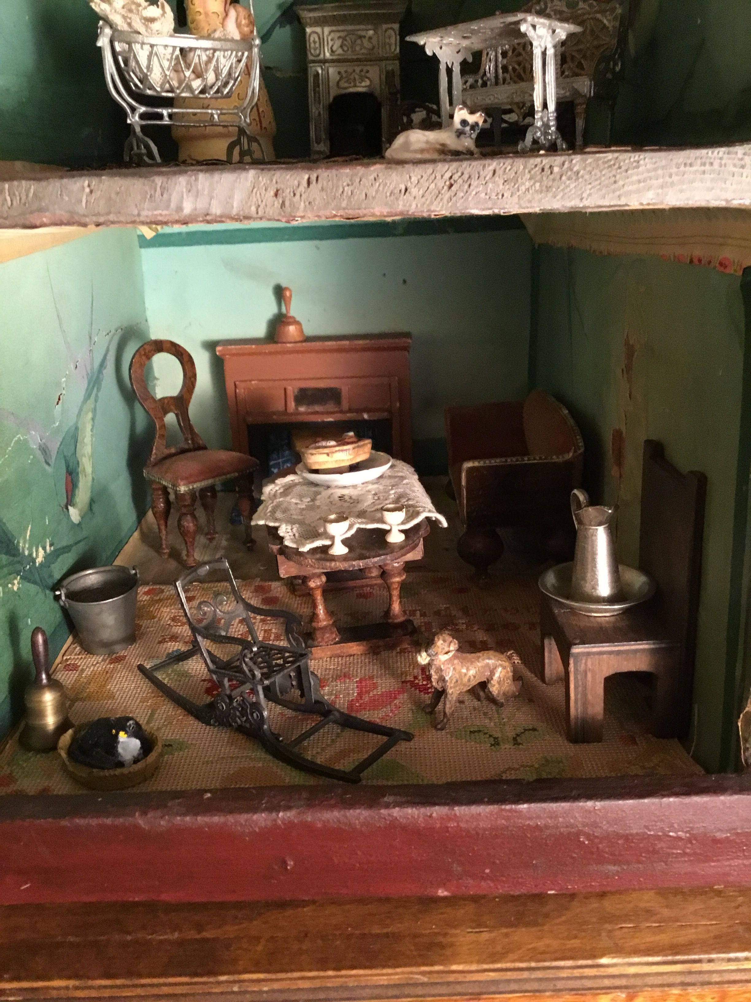 Wow I Want Doll House Dollhouse Furniture Antique Dollhouse