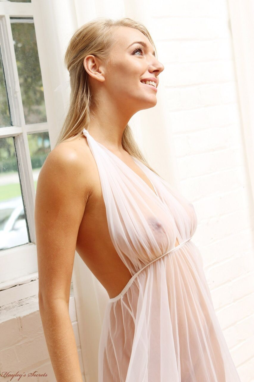 """braless-n-pokies: """"check out this awesome tumblr: women with big"""