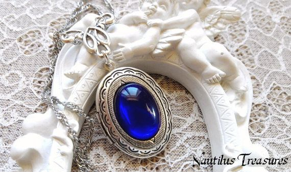 Blue sapphire crystal Locket Silver Romantic by NautilusTreasures