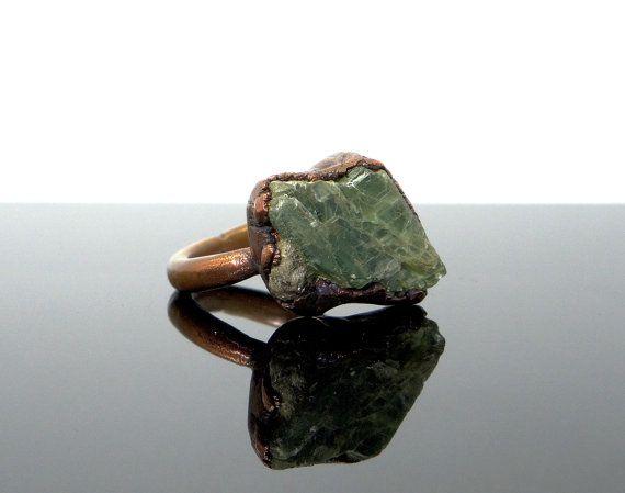 Green Kyanite ring size 6, AUS & UK L1/2 Raw crystal ring Natural stone ring Mineral ring Rough crystal ring Copper Boho ring - Handmade
