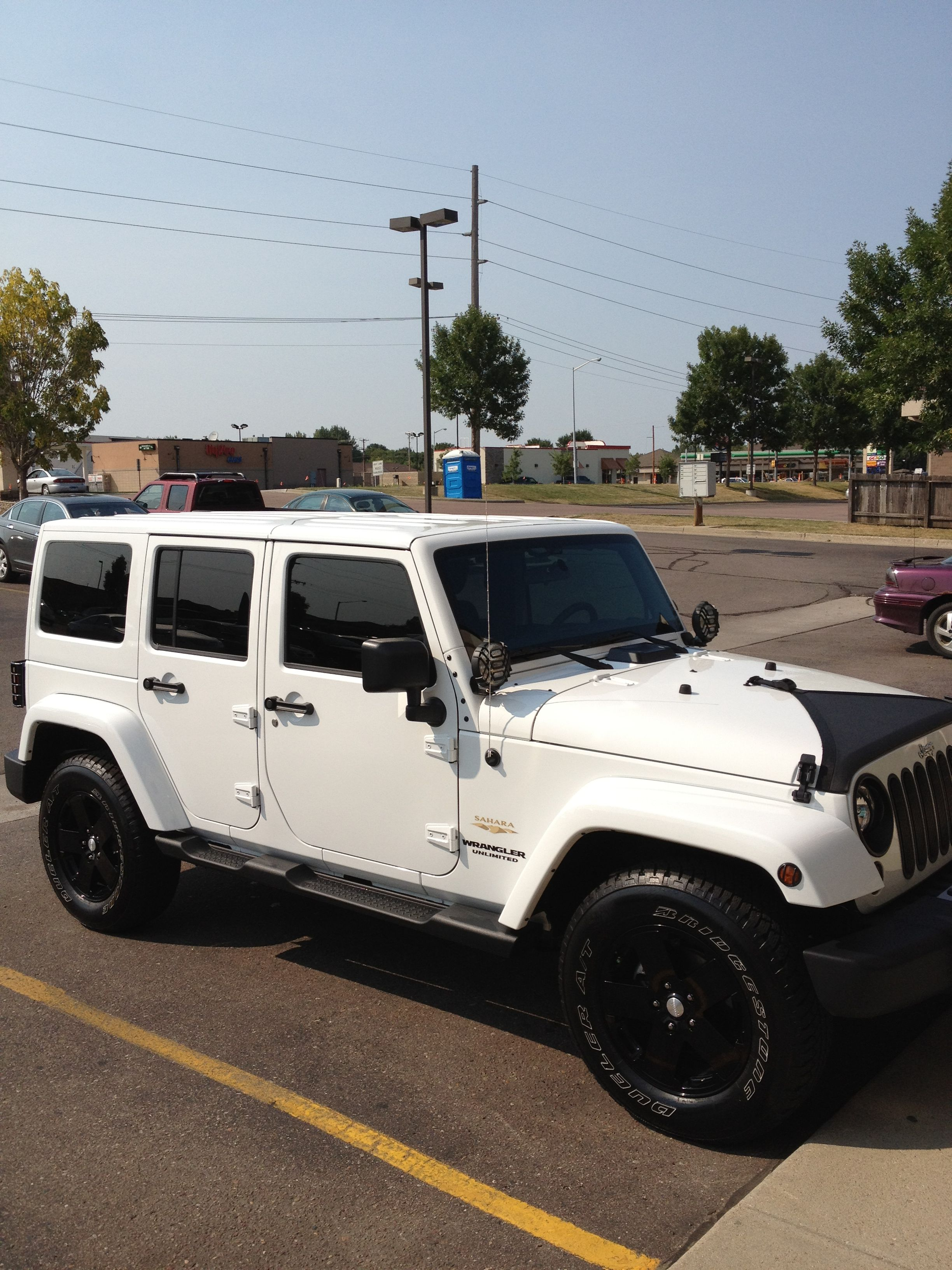 3rd Row Jeep Wrangler : wrangler, Wrangler, Unlimited, Sahara, Black, White, Wrangler,