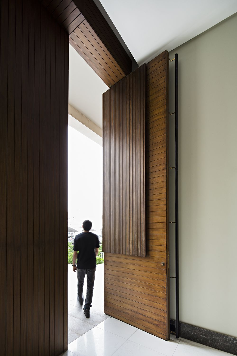 Modern Interior Doors Ideas 14: Gallery Of Tetris House / Massive Order - 16