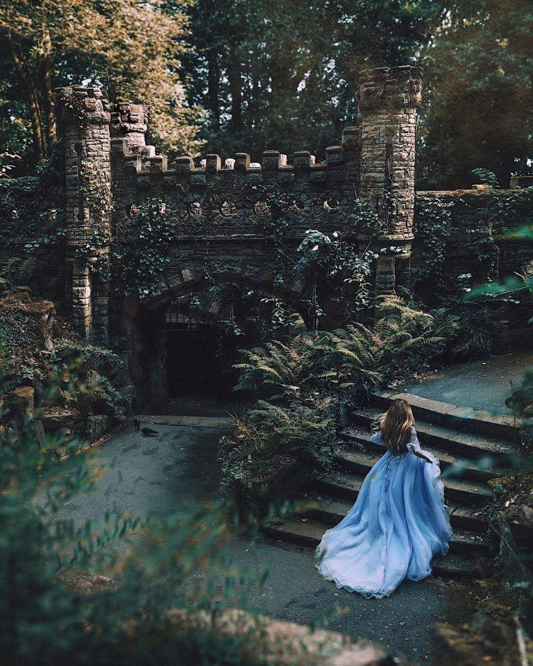 Rosie Hardy Escapes Into Fantasy Worlds Through Her Self Portraits Fairytale Photography Fantasy Photography Princess Aesthetic