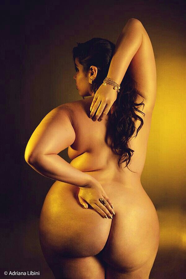 Indian Aunty Busty  Indian Aunties  Pinterest  Curvy -2428