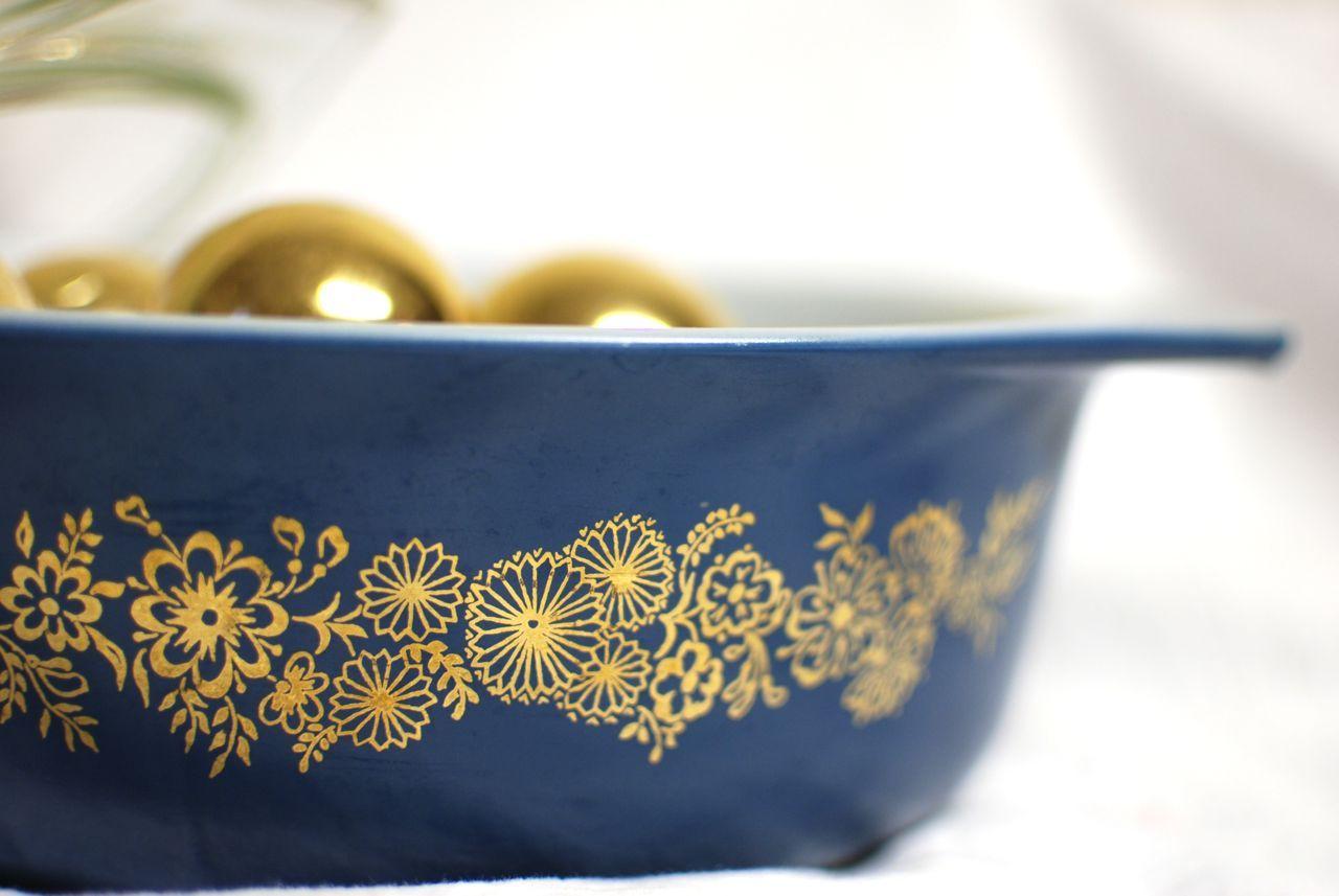 """Pyrex """"Golden Bouquet"""" promotional piece 1965"""