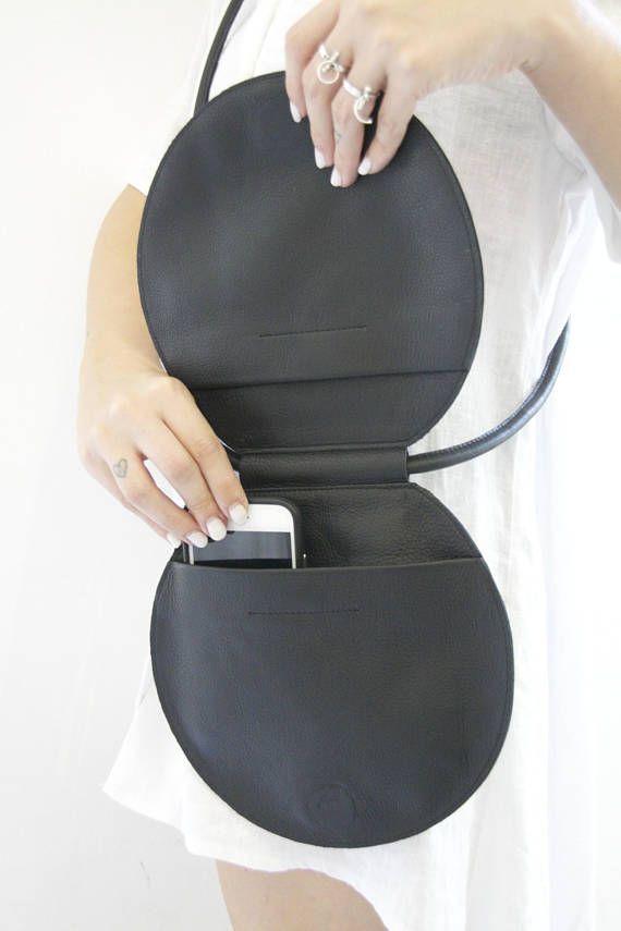 Runde schwarze Ledertasche, Kreis Tasche, Runde Tasche, Runde Abend Kupplung, Kreis Umhängetasche, Runde Geldbörse, einzigartige Schultertasche, Kreis Geldbörse