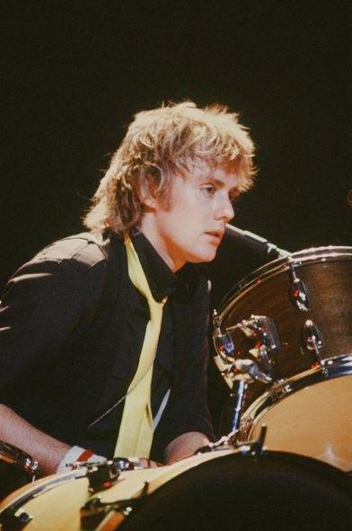 Pin De 80s Lover En Roger Taylor Memes De Rock Mejores Bandas De Rock Bateristas