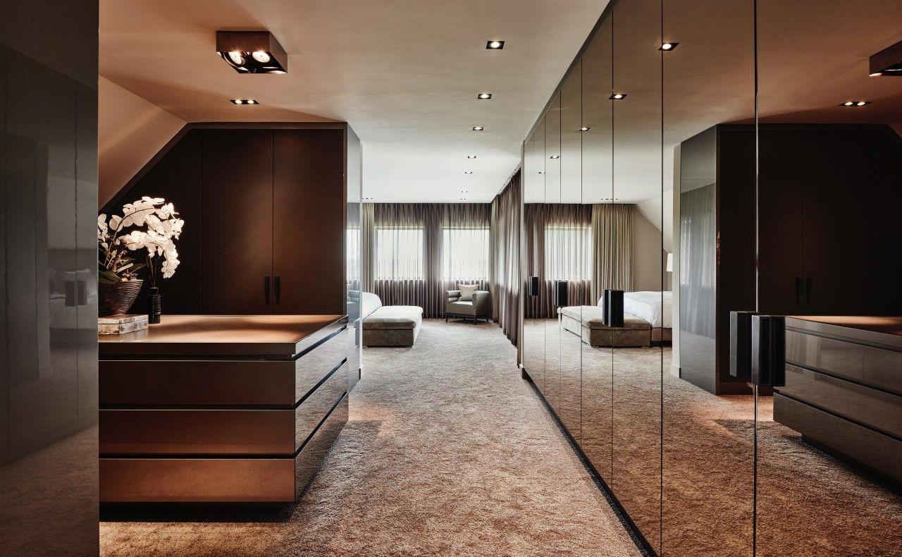 Pin by khari mitch on closet in inloopkast slaapkamer eric