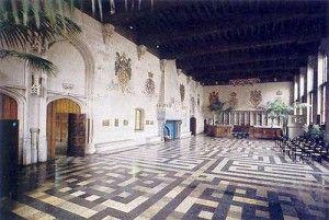 De prachtige pacificatiezaal in het stadhuis van Gent.