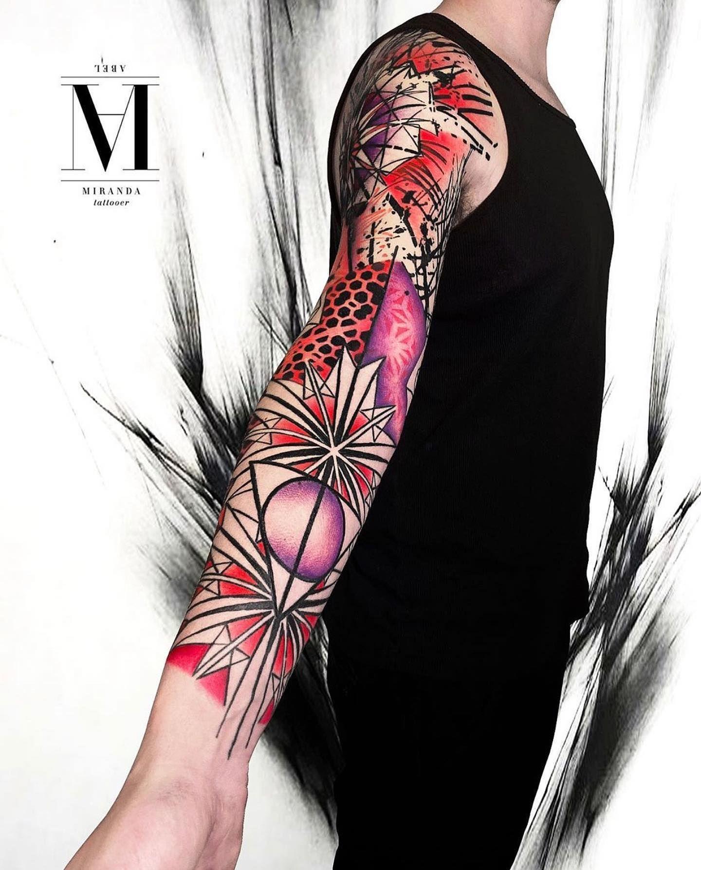 🖤 ....geometric Avantgarde ... Abstract concept....chaos and textures by @abelmiranda_tattoo .... 👇Para reservas y consultas / To book an appointment 👇 📱 +34 658 107 607 ☎ +34 930 247 011 📧avantgardetattoocollective@gmail.com ➖➖➖➖➖➖➖➖➖➖➖ #tattoo #tatuaje #bcntattoo #tattooart #tattoos #tatuajes #ink #barcelonatattoo #inked #tattooink #tattooartist #tattoist #tattooed #arttattoo#tattoospain #tattoolife #asbtracttattoo #avantgardetattoocollective #inkedbcn #colortattoo #abelmirandatattoo
