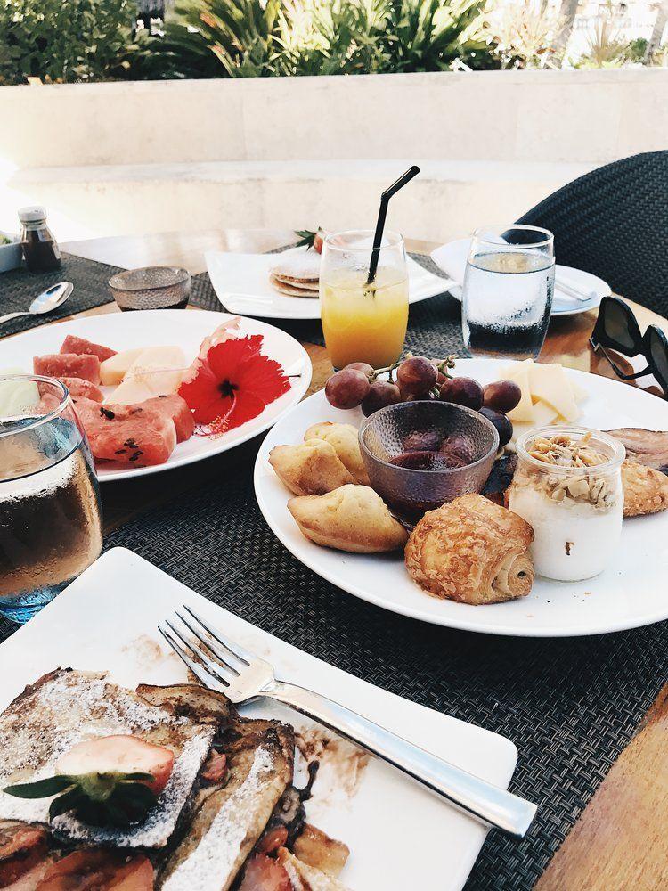 Bora bora 317 eat pretty bora bora breakfast buffet