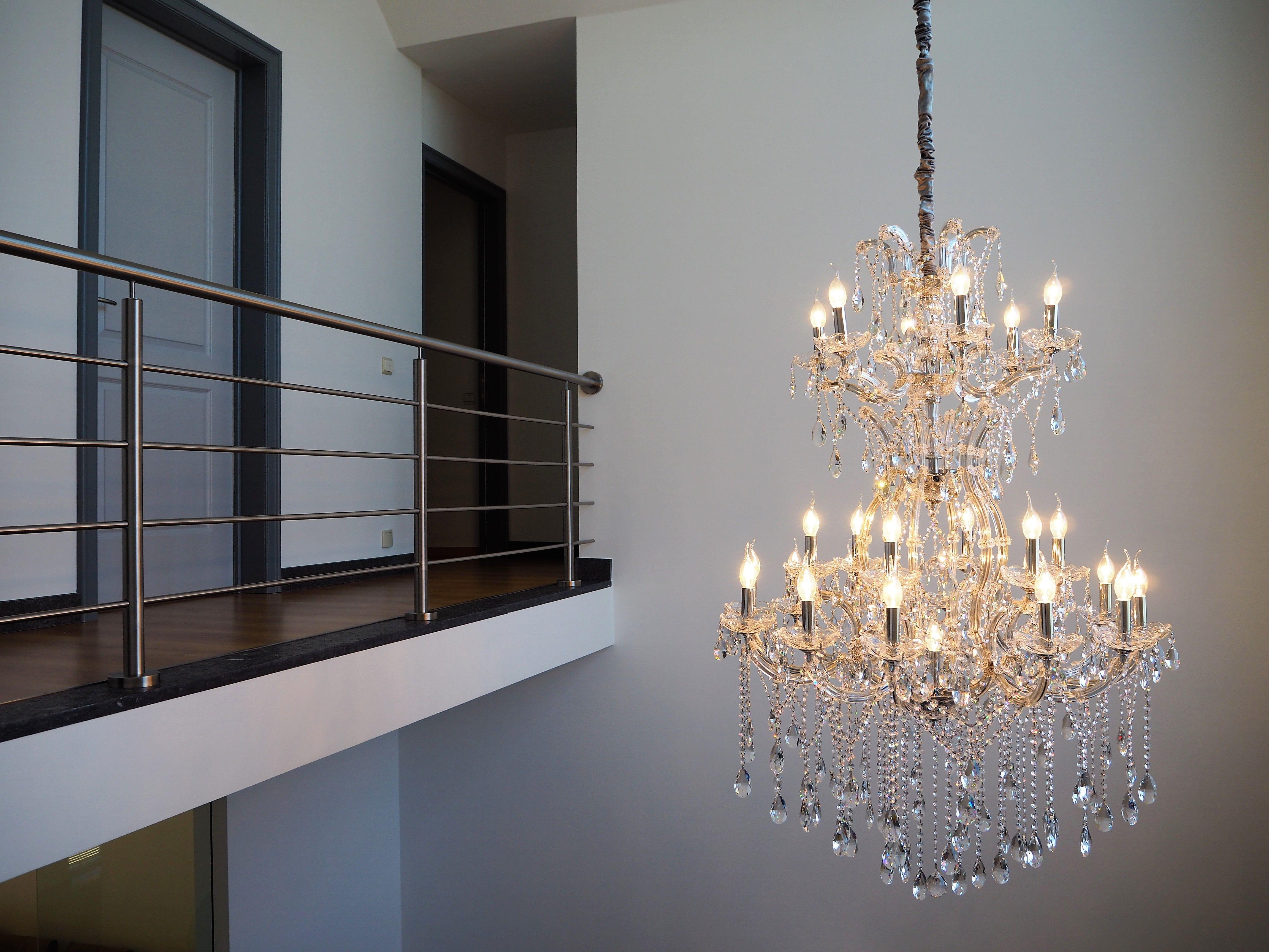 Specialist in design kristallen kroonluchters en verlichting met ...