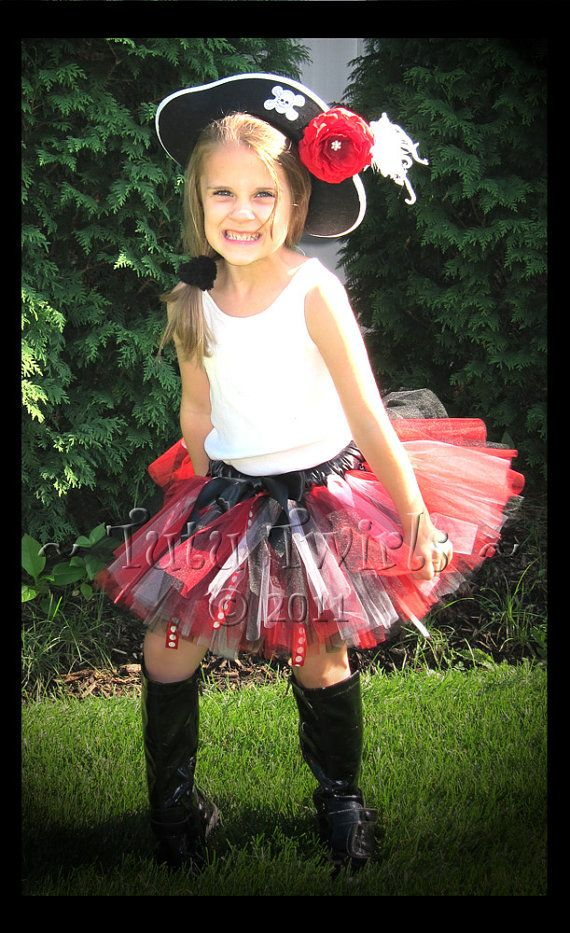 pirate princess? red u0026 black tutu could be reused for Tech attire. )  sc 1 st  Pinterest : princess pirate costume  - Germanpascual.Com