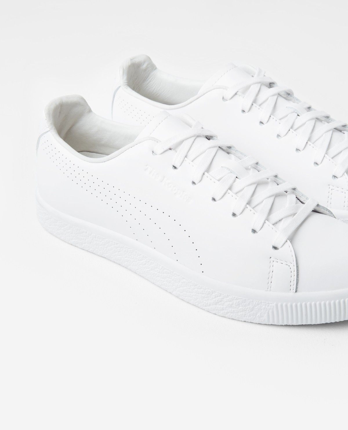 quality design bf0d8 9ed6f White Puma x The Kooples Clyde sneakers - THE KOOPLES ...