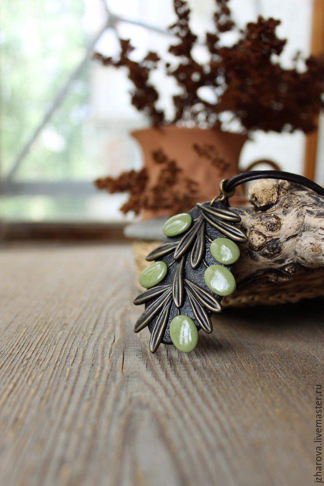 Купить Кулон из полимерной глины Олива - оливковый, колье, олива, оливки, колье полимерная глина