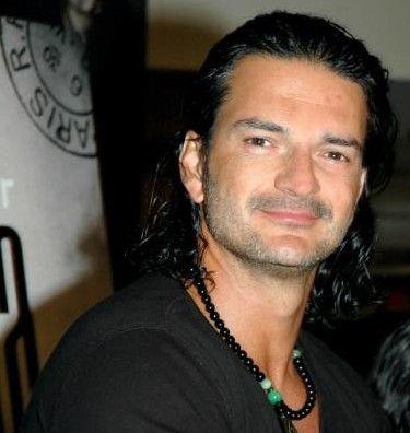 Resultado de imágenes de Google para http://www.clubsonoro.com/ricardoarjona/imagenes/ra6.jpg