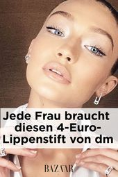Photo of #Kissen #Lippen #man #schminkt #zum Loni Baur has as Head of Make-up by Catri …