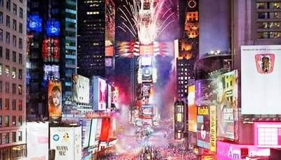 New Year S Eve In New York With Images New Years Eve