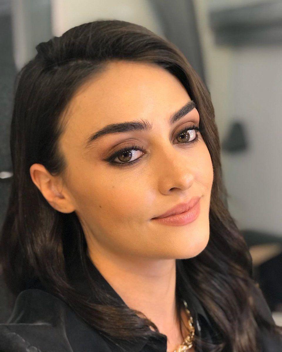 الجميلة اسراء بيلجيتش عبر انستغرام اليوم Pic Twitter Com Nilsgeswrw الجميلة اسراء بيلجيتش عبر انس Esra Bilgic Turkish Women Beautiful Tape In Hair Extensions