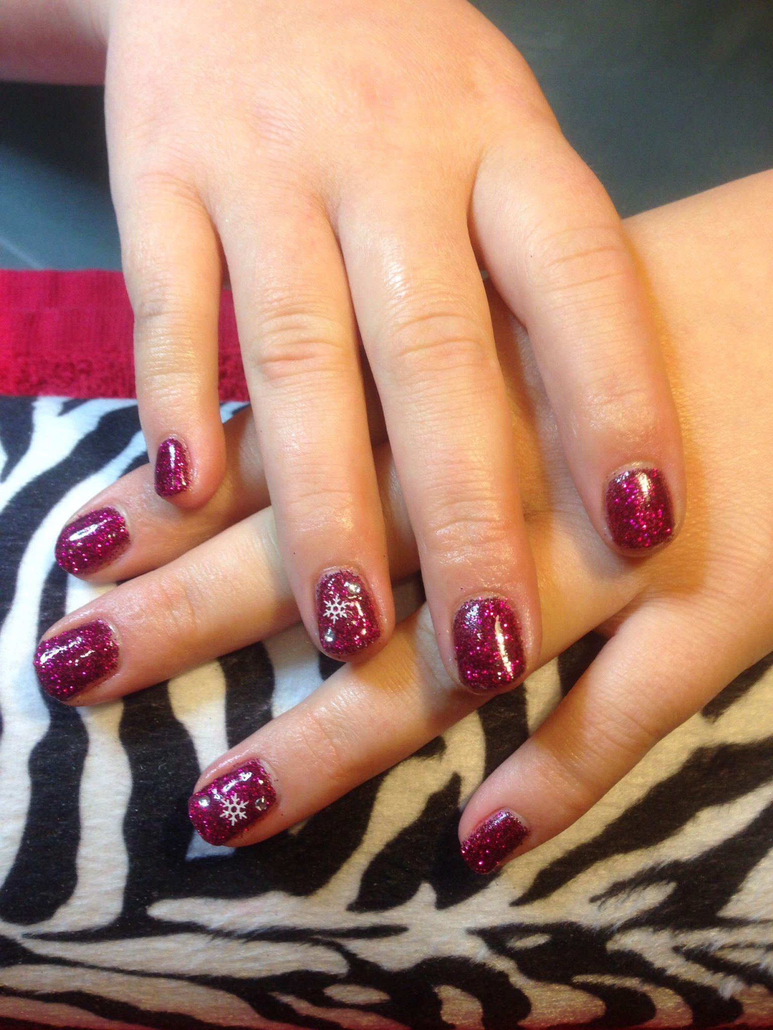 Nexgen nails with Christmas snowflake :-) | nail.styles | Pinterest
