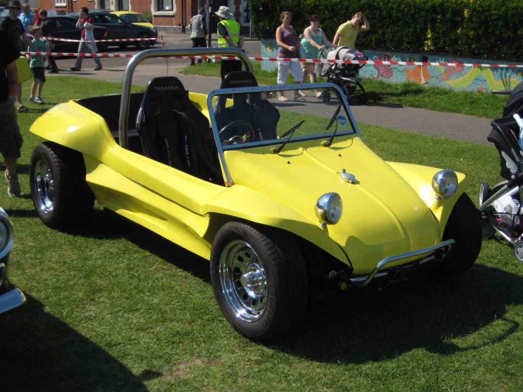 Billede fra http://i156.photobucket.com/albums/t20/burford57/DealClassicCarShow26May2012BeachBuggy.jpg.