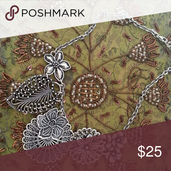 Silver necklace Flower design Jewelry Necklaces