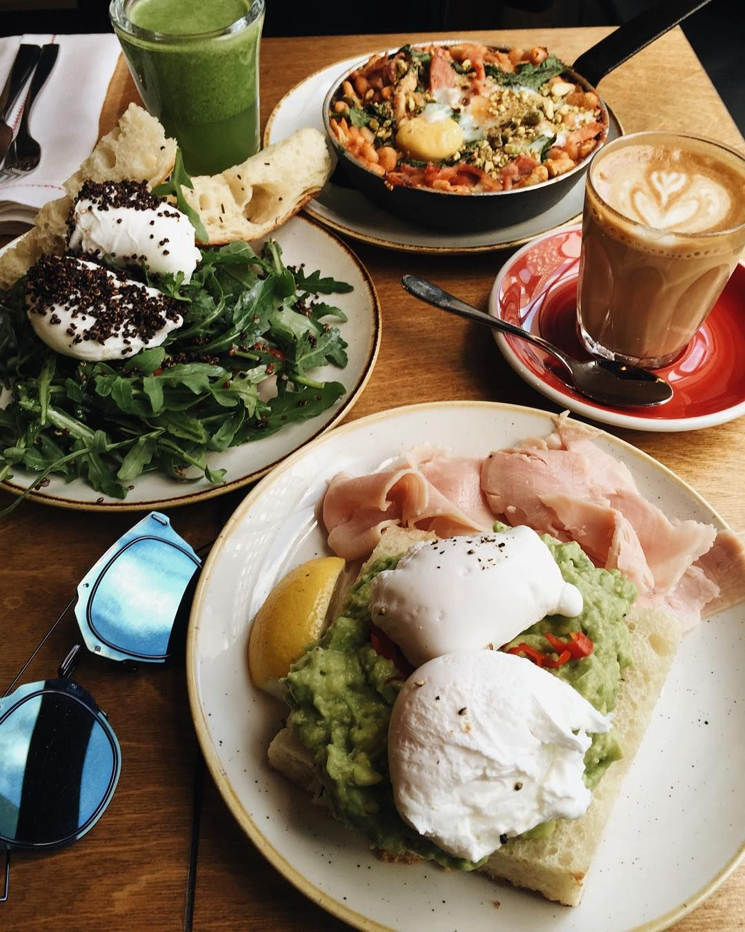 Fav brunch in  @londongrind by @iamgalla -