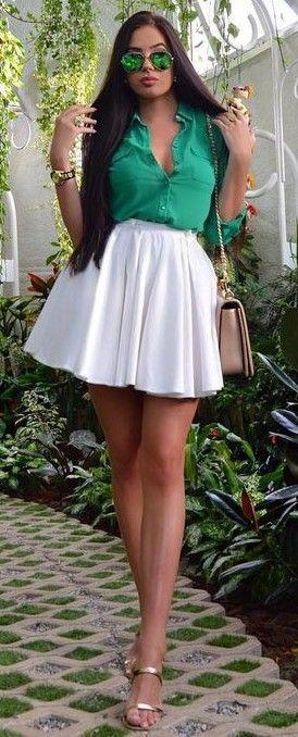 #summer #fashionistas #laurabadura #klaudiabadura |  Camisa Verde + falda blanca