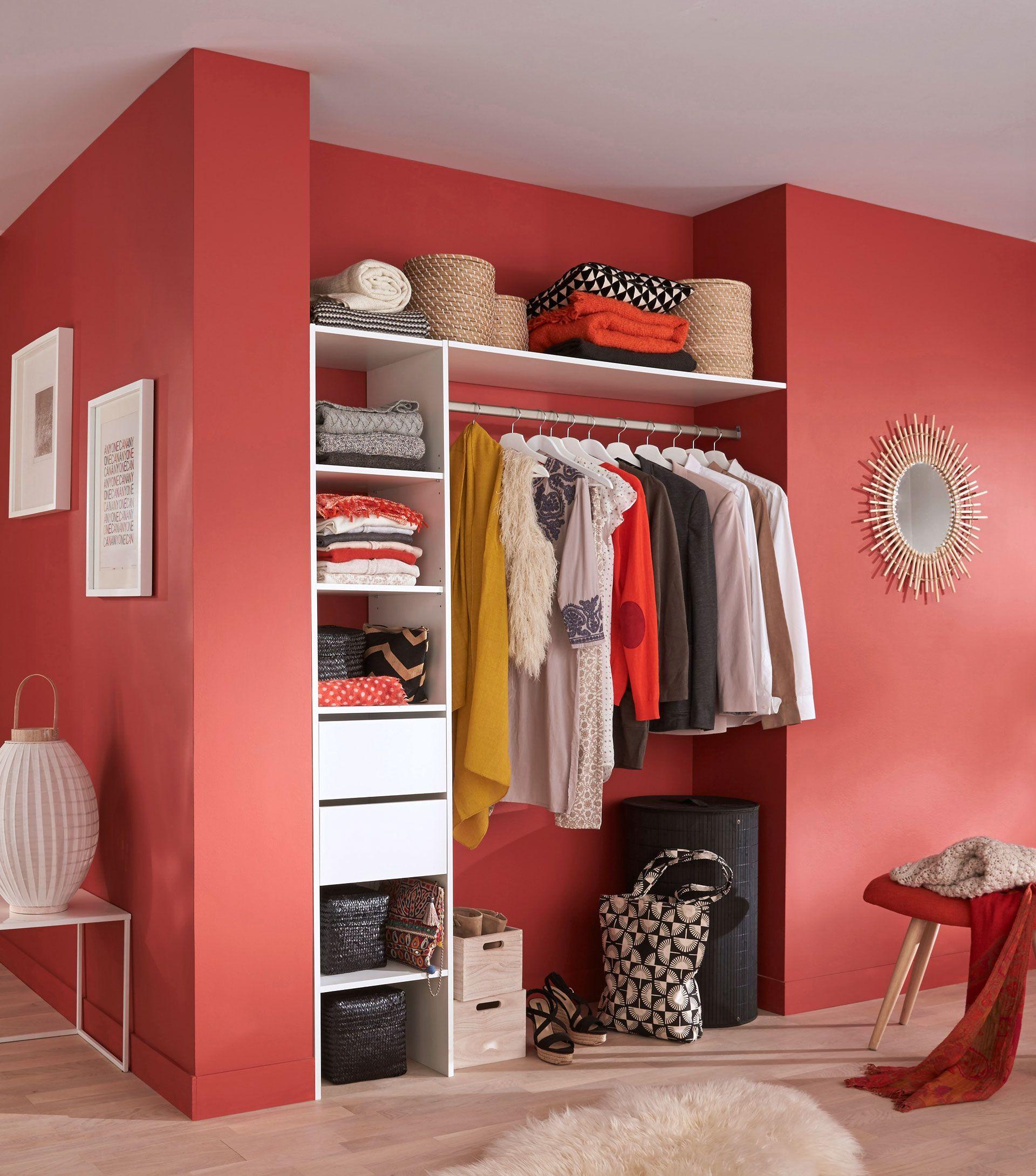 quels rangements pr voir dans une chambre couleurs. Black Bedroom Furniture Sets. Home Design Ideas