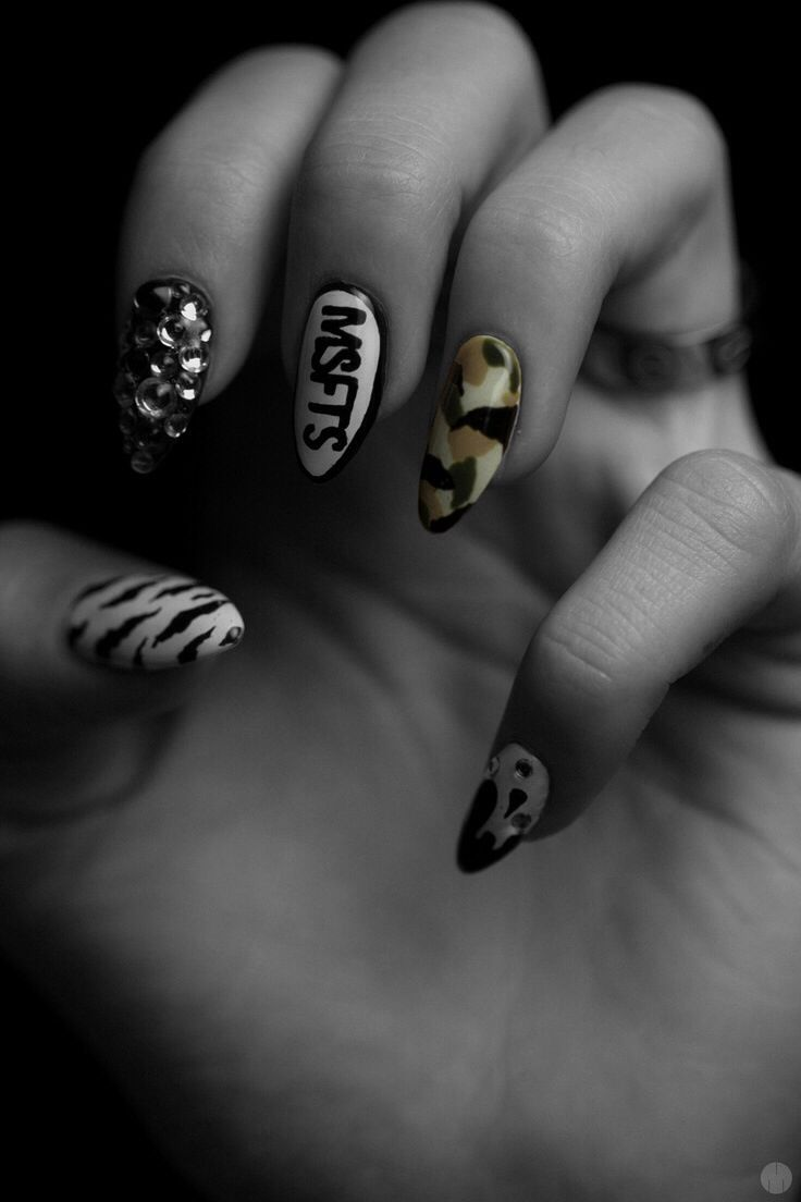 Misfits Nail Art Nailsss Pinterest