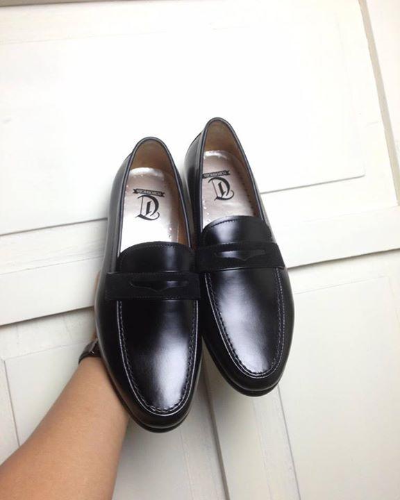 #pennyloafers #loafers2017 #madebytoro #madeinvietnam #toroshoes #hotshoes #forsale #ilike #shoeslover #like4lik #shoes #niceshoes #sportshoes #hotshoes